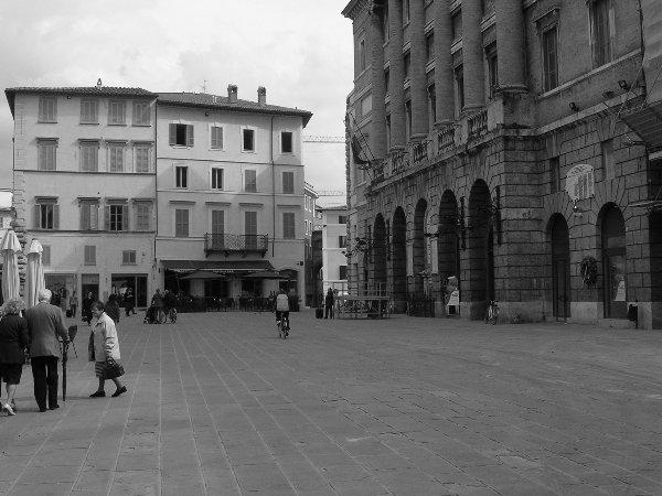 piazza_della_repubblica1_20090922_1865888284