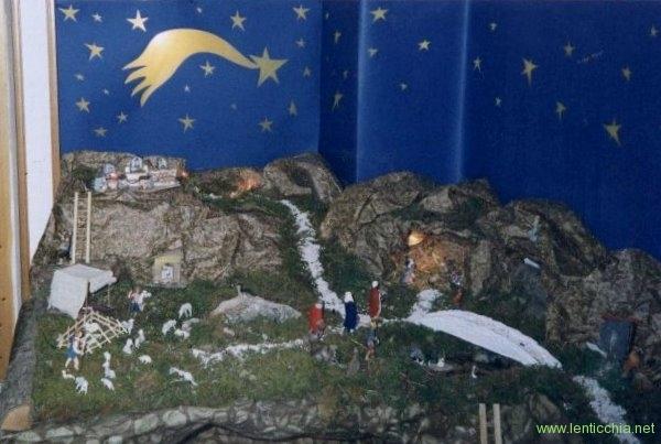 1994 presepe copertura in carta e manufatti in legno5